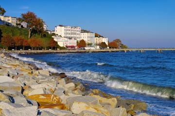 Sassnitz Seebruecke und Hotel - Sassnitz pier and hotels