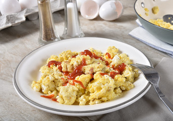 Scrambled eggs with ketchup