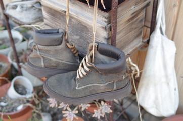 古いブーツ