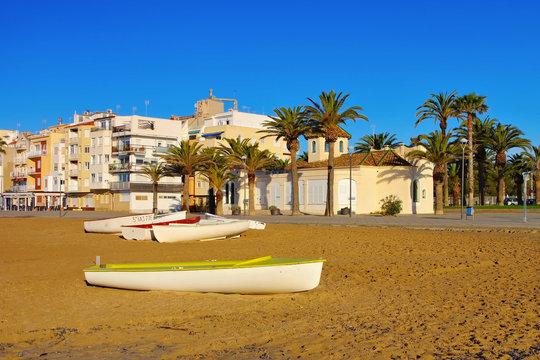 Torredembarra Strand an der Costa Dorada in Spanien - Torredembarra beach near Tarragona, Costa Dorada, Catalonia