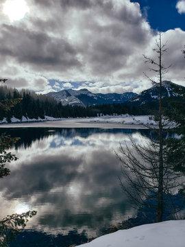 Snohomish pass,  lake Gold crrek pon
