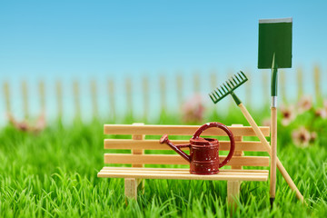 Gartenarbeit in Garten Landschaft im Sommer