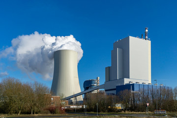 power plant cooling towers steam - coal or gas, fossil fuels