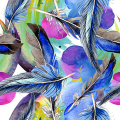 Tuinposter Paradijsvogel Bird feather from wing isolated. Watercolor background illustration set. Seamless background pattern.