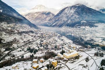 Valtellina (IT) - Sondrio - Frazione Sant'Anna - Mossini e Ponchiera - Vista aerea invernale