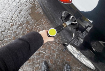 Fare gasolio all'automobilr