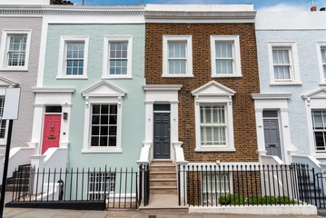 Fotomurales - Colored row houses seen in Notting Hill, London