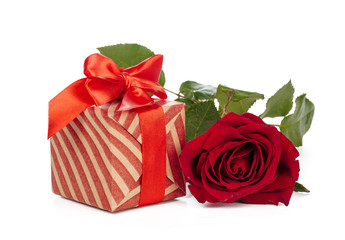 Giftbox and rose isolated on the white