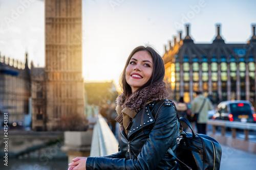Junge Reisende Vor Dem Big Ben Turm In London England Bei Einer