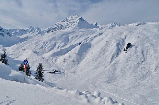 Winterlandschaft im Skigebiet Gaschurn-Partenen im Montafon, Vorarlberg - Österreich.