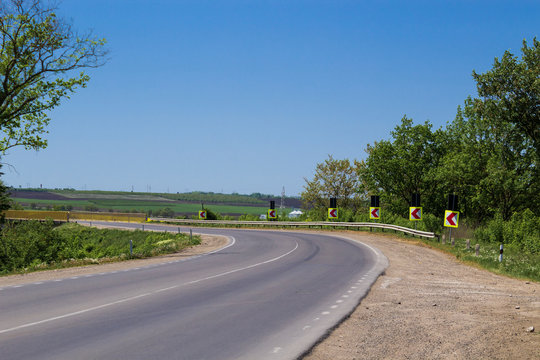 Sharp turn of the road