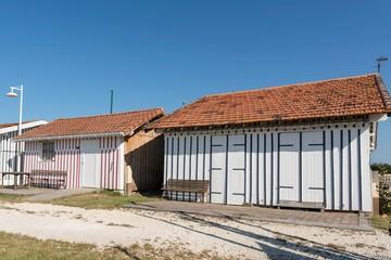 AUDENGE (Bassin d'Arcachon, France), les cabanes du port ostréicole