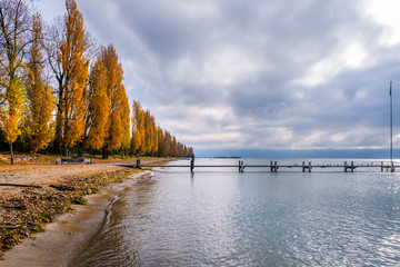 A colorful autumnal view on Lake Geneva