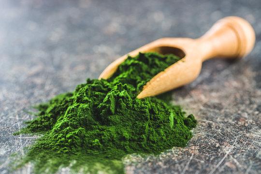 Green chlorella powder.