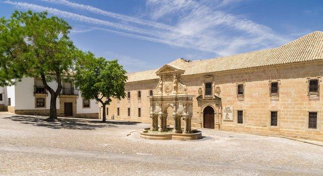 Fountain Fuente de Santa Maria in front of University, Universidad Internacional de Andalucia, Plaza de Santa Maria, Baeza, UNESCO World Heritage Site, Andalusia, Spain, Europe