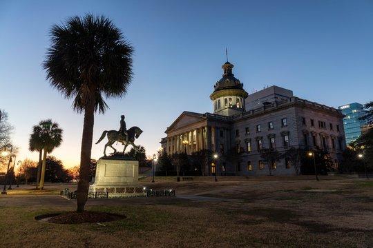Capitol and Palmettopalme, Columbia, South Carolina, USA, North America
