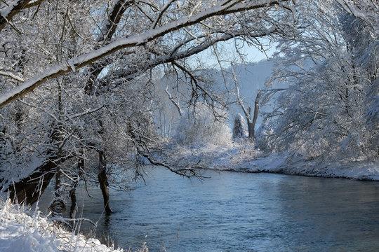 Die Altmühl im Winter