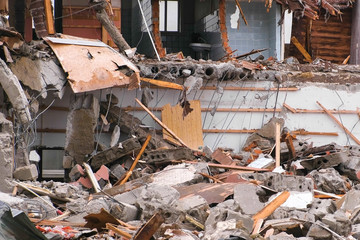 Destroyed the apartment building after the disaster.