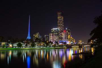 Skyline of Melbourne and the Yarra River, Melbourne, Australia.