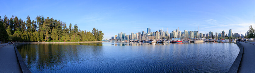 Panorama View of Stanley Park Seawall in Vancouver, Canada. Top attraction in Vancouver. Fotomurales