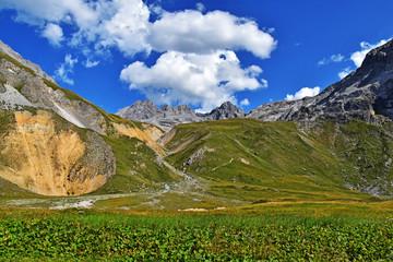 Montagne depuis le refuge du Saut