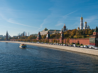 Sunny summer day moscow river bay kremlin panorama .