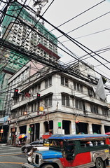 Gigantic mess of electric cables-Q.Paredes and Dasmariñas streets crossing. Manila-Philippines-0988