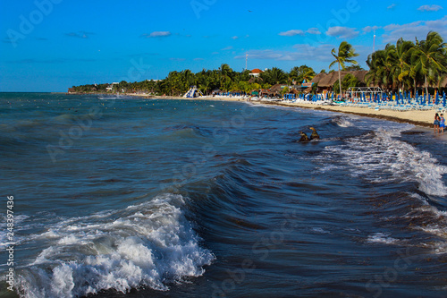 Las Olas Del Mar Caribe Stock Photo And Royalty Free Images On