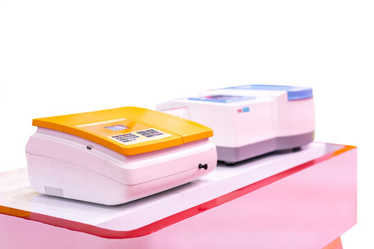 single beam spectrophotometer device of lab for measure and analysis property effect of substance interacts with light for industrial food & drink medical pharmaceuticals chemical isolated with clippi