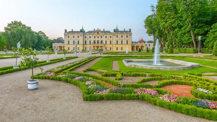 Obraz Ogród w Pałacu Branickich, Białystok, Polska - fototapety do salonu