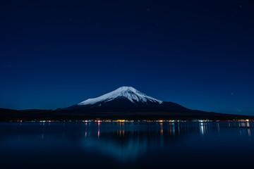 Nightview of Mount Fuji from Lake Yamanaka in winter (山中湖からの冬の富士山夜景)
