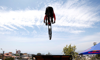 Cycling - Valparaiso mountain bike downhill race