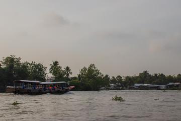 ベトナム カントー メコン川クルーズ
