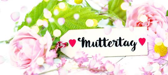 Muttertagkarte mit Schrift Muttertag