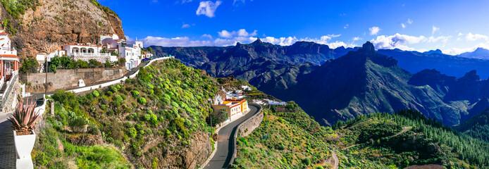 scenic Artenara  - Gran Canaria's highest mountain village. Canary islands Fototapete