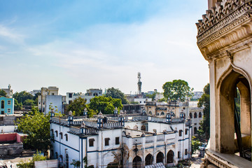 View of the Old City by the Ancient Charminar Mosque in Hyderabad, India Fototapete