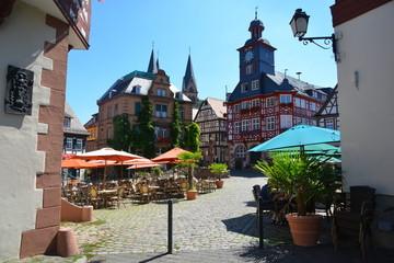 Historische Altstadt mit Rathaus und Dom St. Peter am Grossen Markt von Heppenheim an der Bergstraße, Hessen, Deutschland