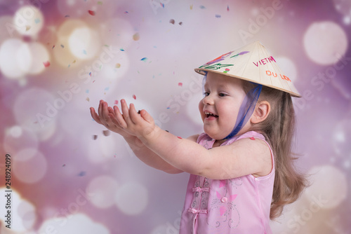 Kleines Madchen Im Fasching Mit Konfetti Stock Photo And Royalty