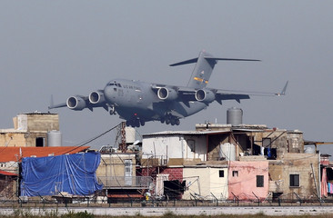 A USAF aircraft lands in Beirut International Airport