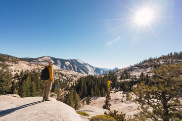 USA, California, Yosemite National Park, hiker standing on viewpoint
