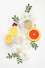 Natural organic cosmetics and flowers