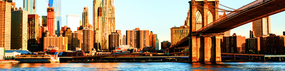 View of Manhattan bridge and Manhattan in New York, USA in the morning