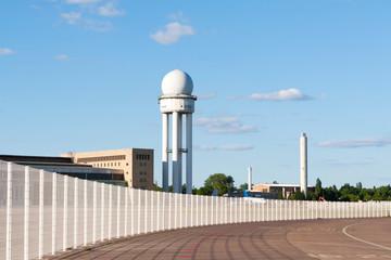 Tempelhofer Feld ehemaliger Flughafen