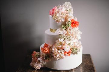 Wedding Cake en fleurs