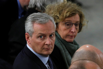 """French Finance Minister Bruno Le Maire and Labour Minister Muriel Penicaud attend a meeting with businessmen as part of the """"Great National Debate"""" in Deols"""
