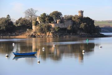 Le château de Péhou sur la Rance