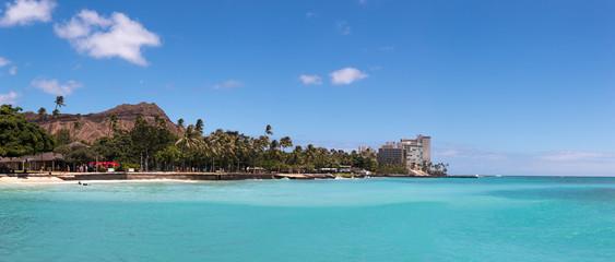 Diamond Head volcano  and buildings on Waikiki Beach, Honolulu, Hawaii