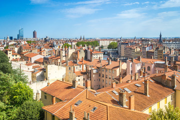 Fototapete - Cityscape of Lyon at a sunny summer day - France