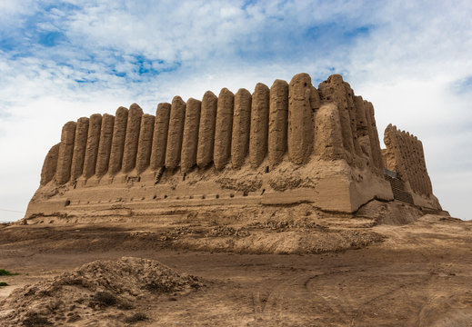 Major Kyz-Kala, a fortress with corrugated, as if pleated, walls, located in ancient Merv which was one of the major cities standing on a silkway route. Once was the capital of Turkmen-Seljuk Empire.