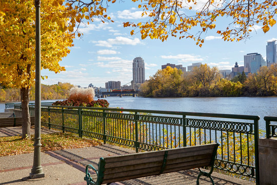 Mississippi River running through Minneapolis Minnesota on a beautiful fall day
